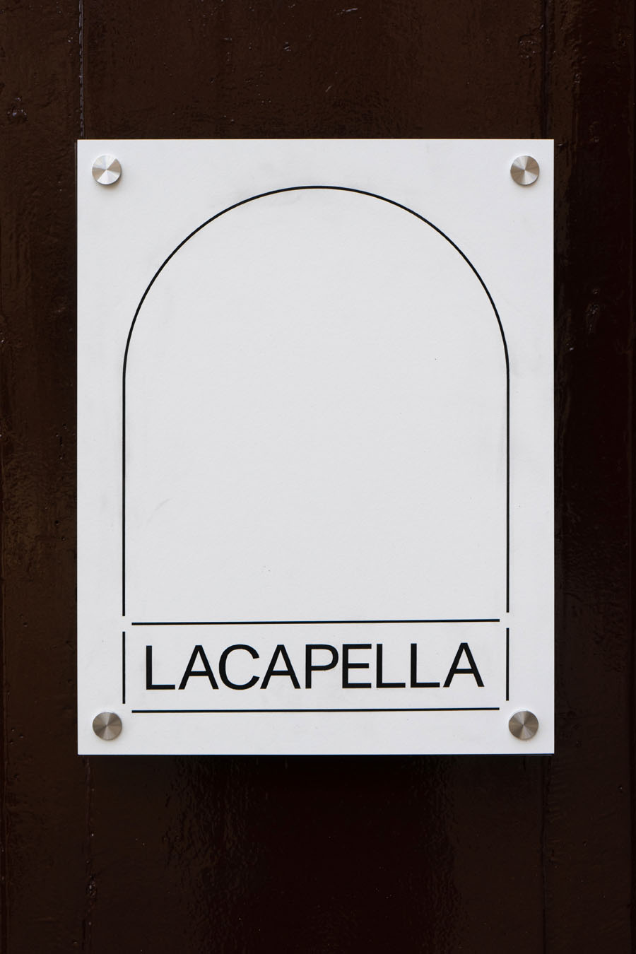 FOLCH - LACAPELLA – defining a new exhibition space
