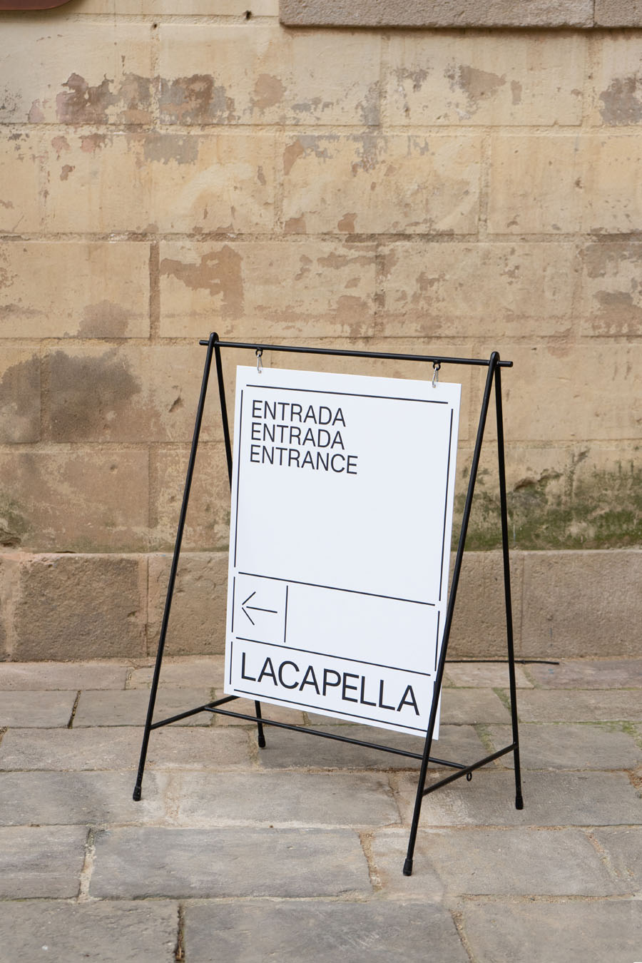LACAPELLA – defining a new exhibition space |FOLCH